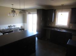 256776_93ladyruss_kitchen_dining1.jpg