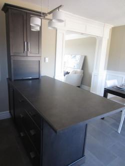 256777_93ladyruss_kitchen_island1.jpg