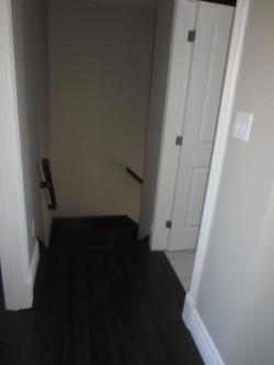 256801_93ladyruss_upperlevel_hallway1.jpg
