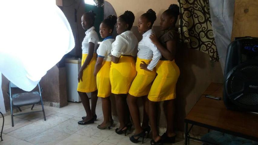 yellowskirt2.jpg