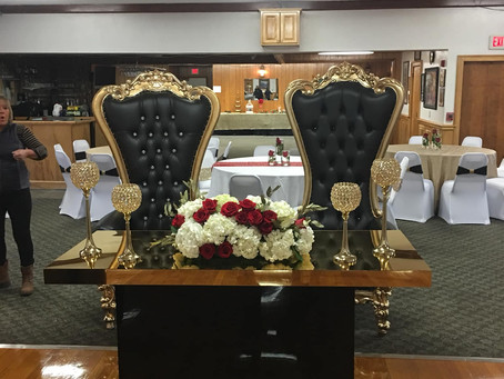 Throwback Throne Thursday black and gold wedding