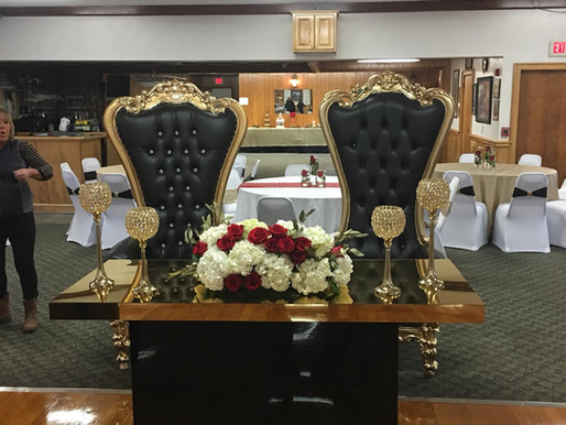 Throwback Throne Thursday black and gold wedding