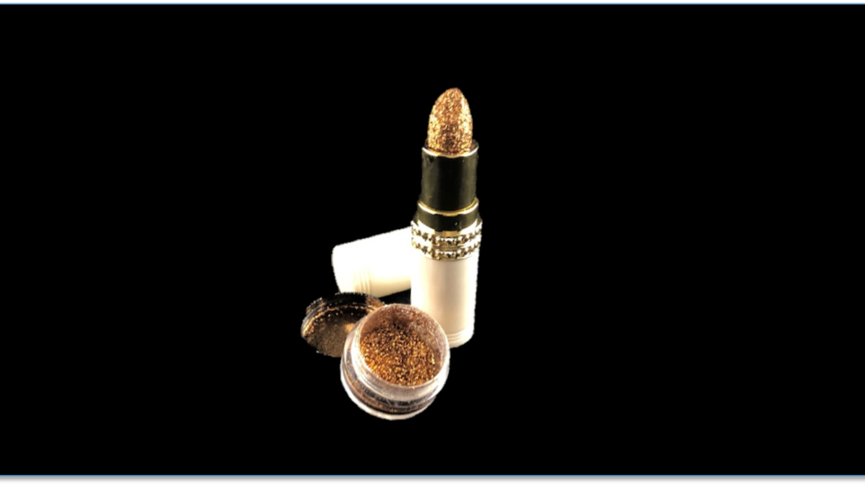21 Long-Lasting Shimmer Lipstick and SQUAD Topical Glitter