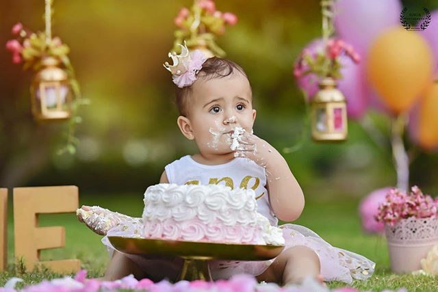 photographer dubai, family grapher dubai,maternity photographer,female photographer dubai, cakesmash photographer dubai, gaga-photography, cake smash dubai
