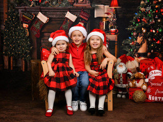 Family Photography Studio in Dubai. Christmas Mini
