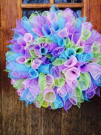 Spiral Poly Mesh Wreath