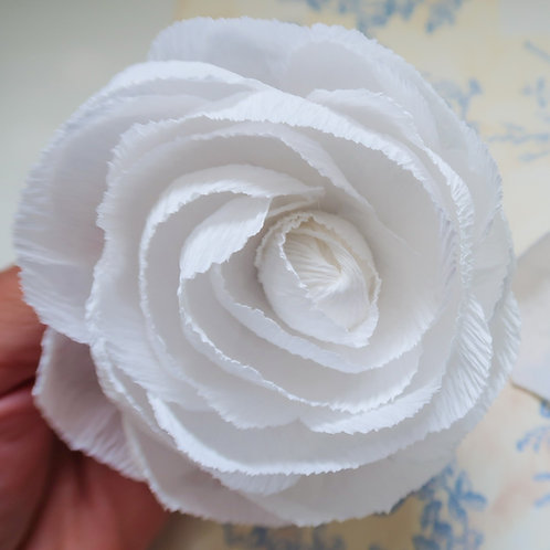 White Rose 4in h x 3in w