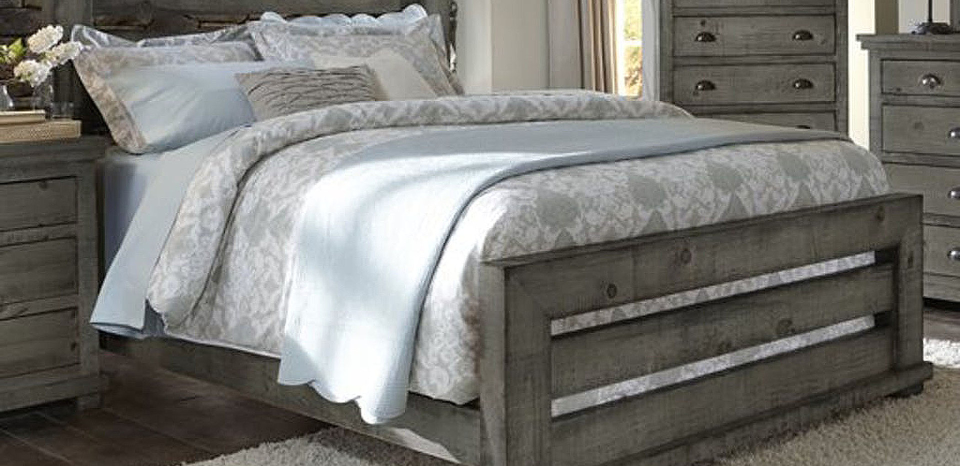 Reclaimed Barnwood Bedroom