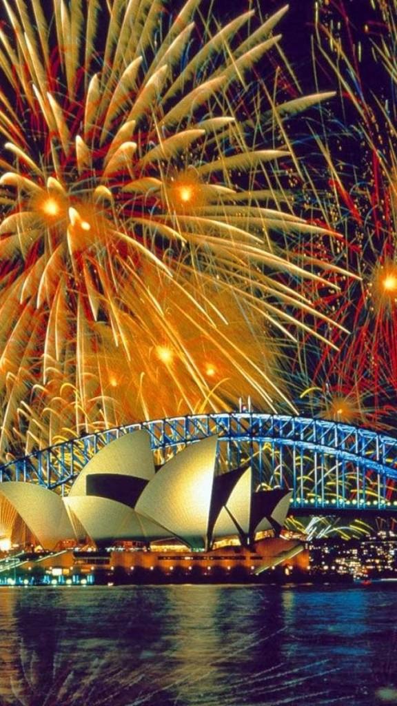 http://funstocki.blogspot.com.au/2013/10/fireworks-sydney-australia.html