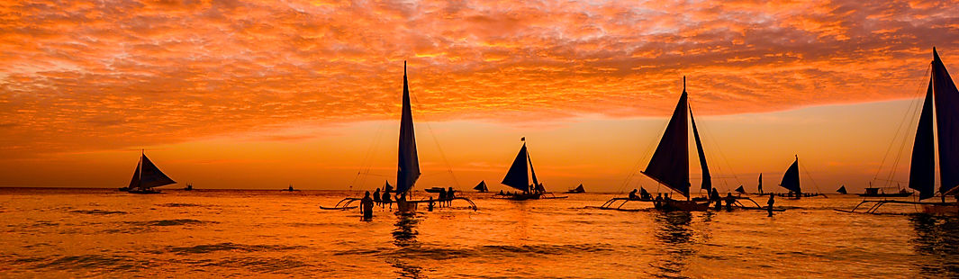 Sunset-in-Boracay-Island-649081486_5800x