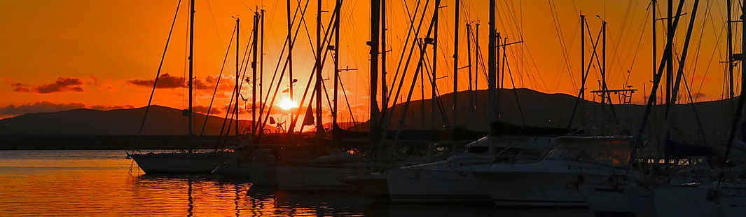 Marina-at-sunset,-Alghero,-Sardinia,-Ita