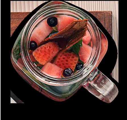 Infusion con frutos rojos y hierbabuena
