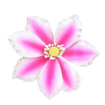 "O'Creme Gumpaste Clematis w/ Pink Spray, 3.5"" x 4"" - 3 pieces"