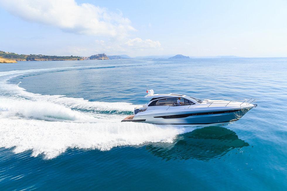 luxury motor boat, rio yachts italian sh