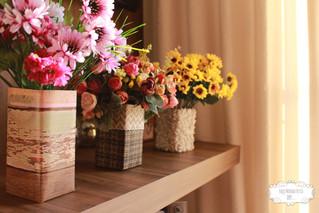 Vasos decorativos com Caixas de leite - Decoração Festa