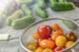 tomatoes-3626424_1920.jpg