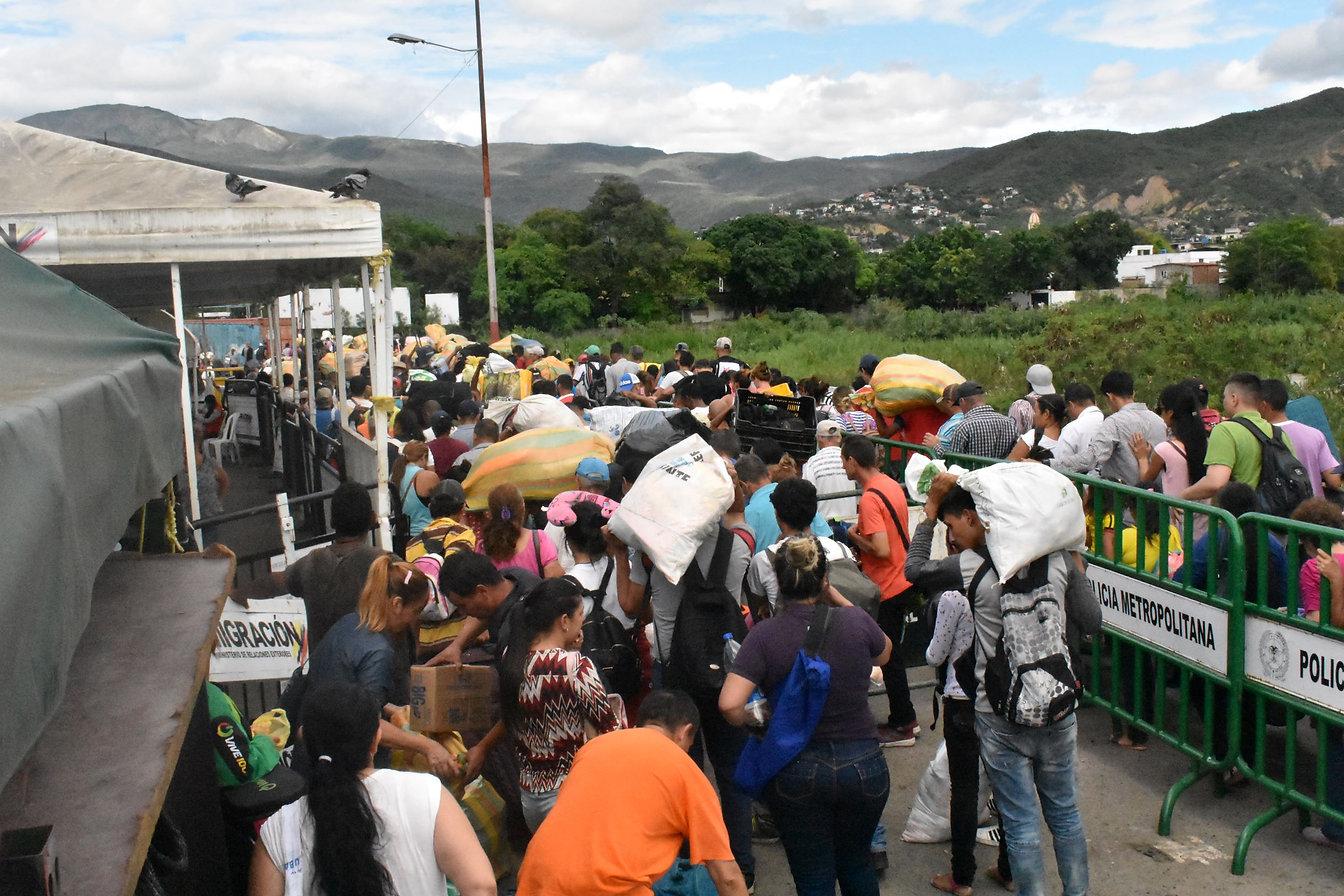 Venezuelan Trochas