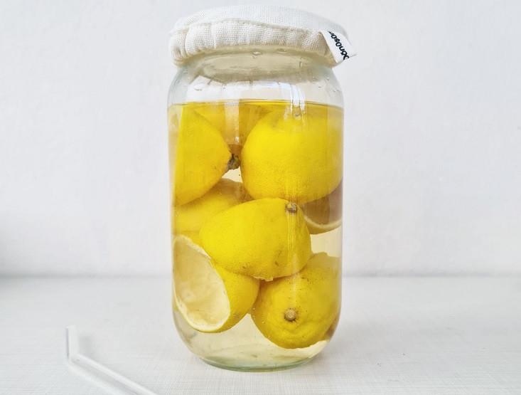 Limon kabuğu temizlik sirkesi