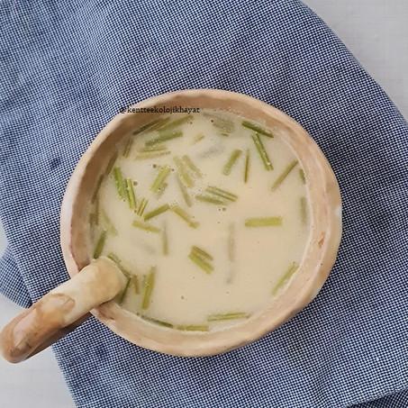 Maydanoz Sapı Çorbası