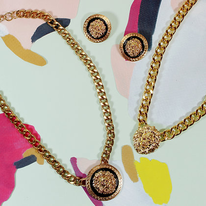 Round Lion Necklace