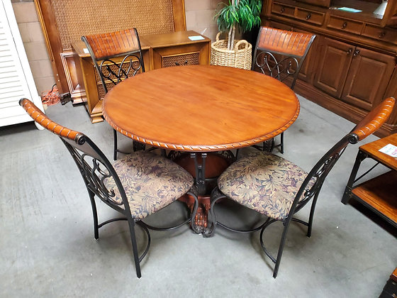 Round Wood Dining Table W/4 Chairs - Scottsdale