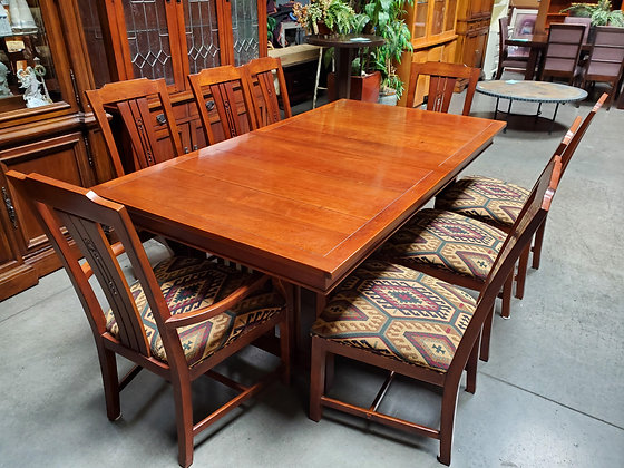 Drexel Dining Table W/8 Chairs 2 Leafs And Pads - Scottsdale