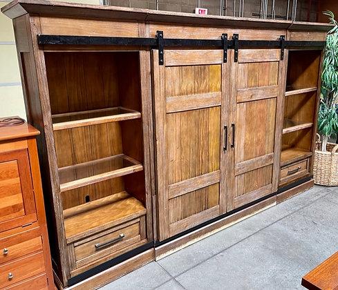 Rustic Farmhouse 6-Piece Ent. Unit w/Barn Doors