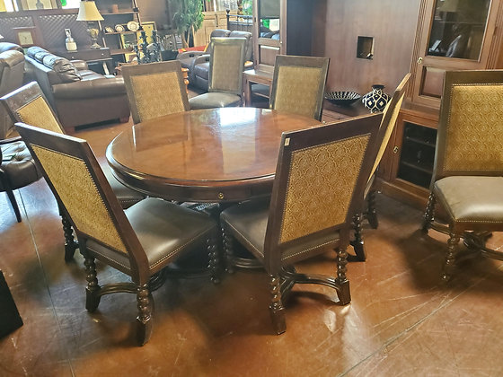 Walnut Finish Dining Table W/8 Chairs And Leafs - Scottsdale