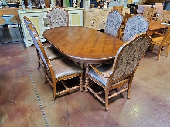 Traditional Style Dining Table W/6 Chairs And 2 Leafs - Scottsdale