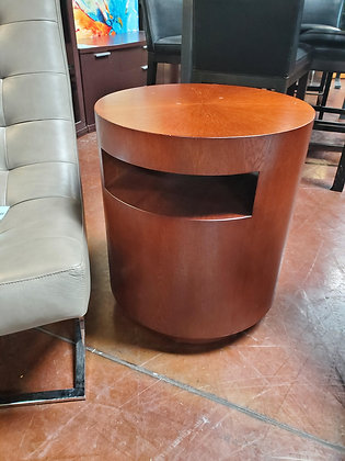 Crate And Barrel End Table - Scottsdale