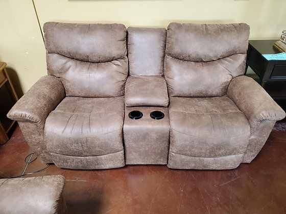 La Z Boy Power Reclining Loveseat W/USB - Scottsdale