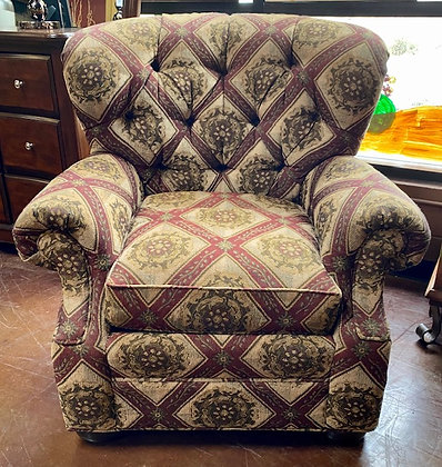Traditional Pattern Tufted Accent Chair