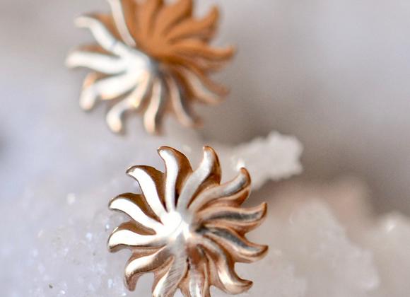 14kt Gold Sunburst Stud Earrings