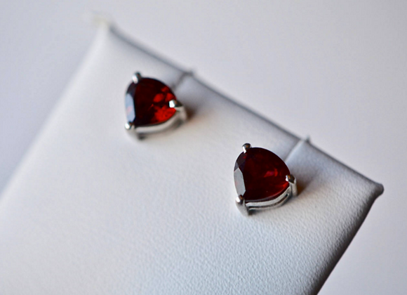 Heart Garnet Stud Earrings