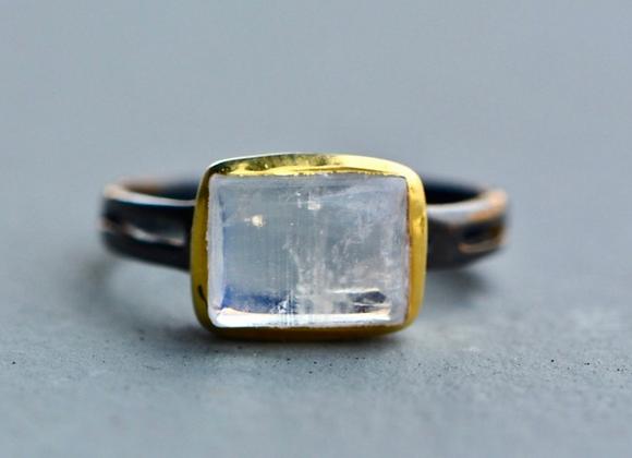 Gold Moonstone Ring