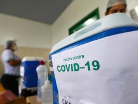 SAÚDE: Brasil registra menor média móvel de mortes desde o início da pandemia