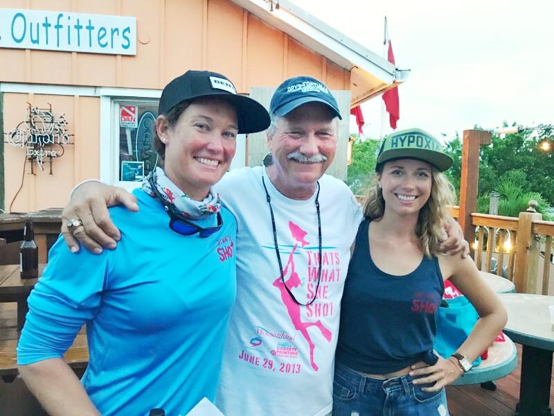 Jenna Moeller, John Moeller, and tournament director Lea Moeller