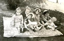 hoover, maryann, jane, shirley, alice, sally & jane 1946