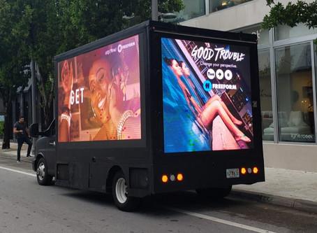 "LED TRUCK lança a nova temporada de ""Good Trouble"""