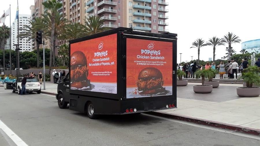 Popeyes digital billboards campaign