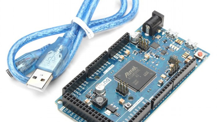 Arduino Due R3 + Cable Usb Atsam3x8e Arm Cortex M3 512 Kb