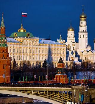 moskva-gorod-kreml-most.jpg