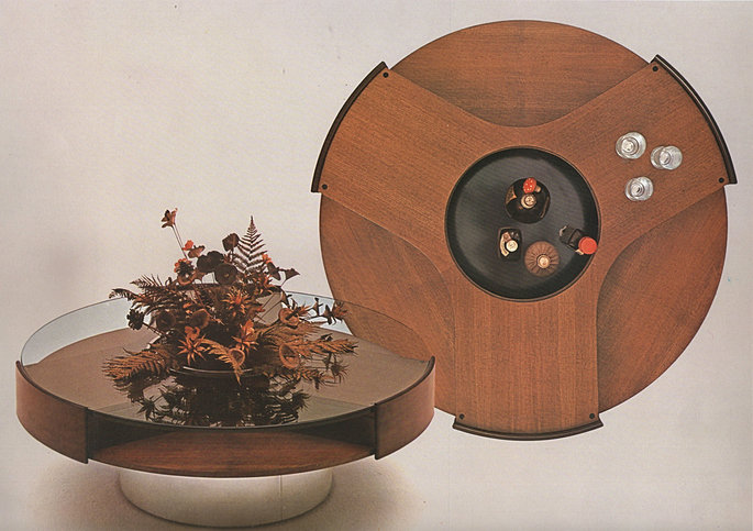 Studio moscatelli tavolino m666 for Arredamenti fumagalli