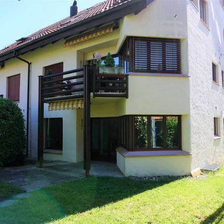 Zu Verkaufen: 1.5 + 5.5 Zimmerwohnung Erdgeschoss in Freienwil