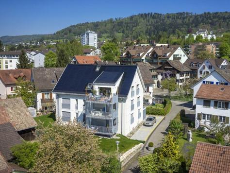 Moderne 5-Zimmerwohnung in Oberengstringen, Minergie P Eco-Zertifikat, PlusEnergieBau