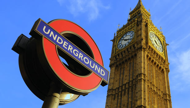 "It's not a blog about London without an ""Underground"" sign and Big Ben!"