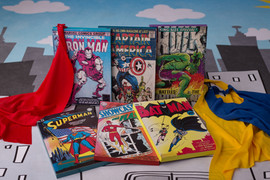 Action hero comic & capes