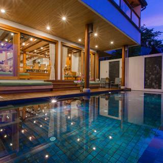 Pool Villa Surin.JPG