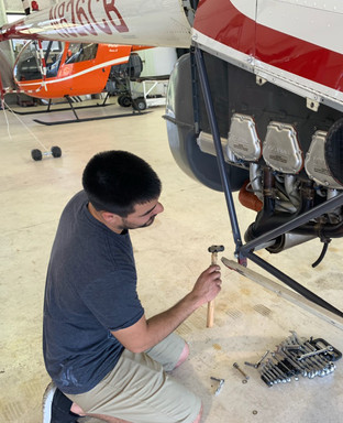 Dan_Helicopter_Mechanic.jpg