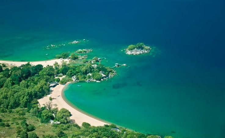 Kaya Mawa Lake Malawi.png
